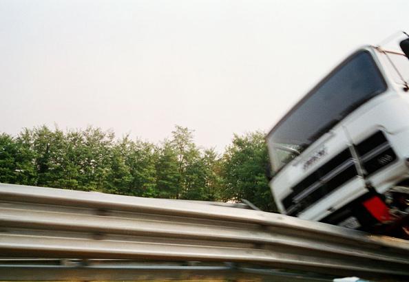 12.camion rovesciato